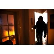 pol-rek-maskierte-scheiterten-an-verschlossener-tuer-bergheim